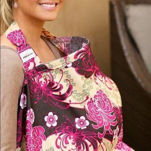 Bebe Au Lait Floral Nursing Cover